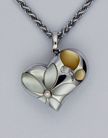 "18kt White Gold Pendant With .02ct in ""G-H"" SI1 Diamonds & Inlaid Mother of Pearl on a 16"" 5.8 gram 14kt White Gold Chain"